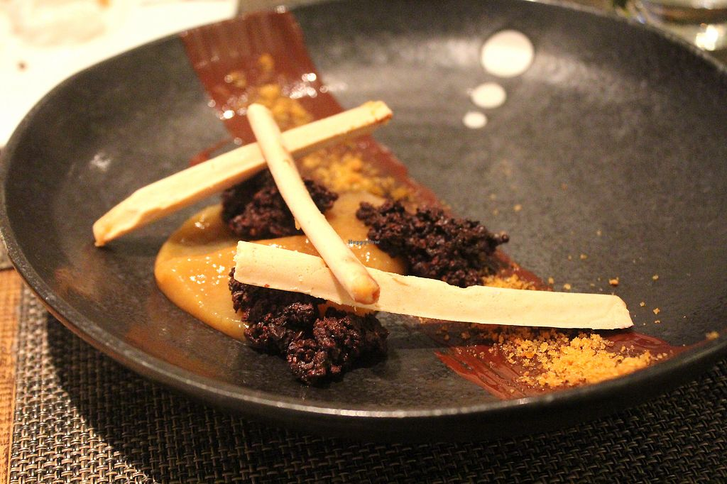 """Photo of Vanilla Black  by <a href=""""/members/profile/kezia"""">kezia</a> <br/> peanut butter cheesecake withcracked cocoa bean and caramelised banana purée <br/> December 17, 2017  - <a href='/contact/abuse/image/14093/336560'>Report</a>"""