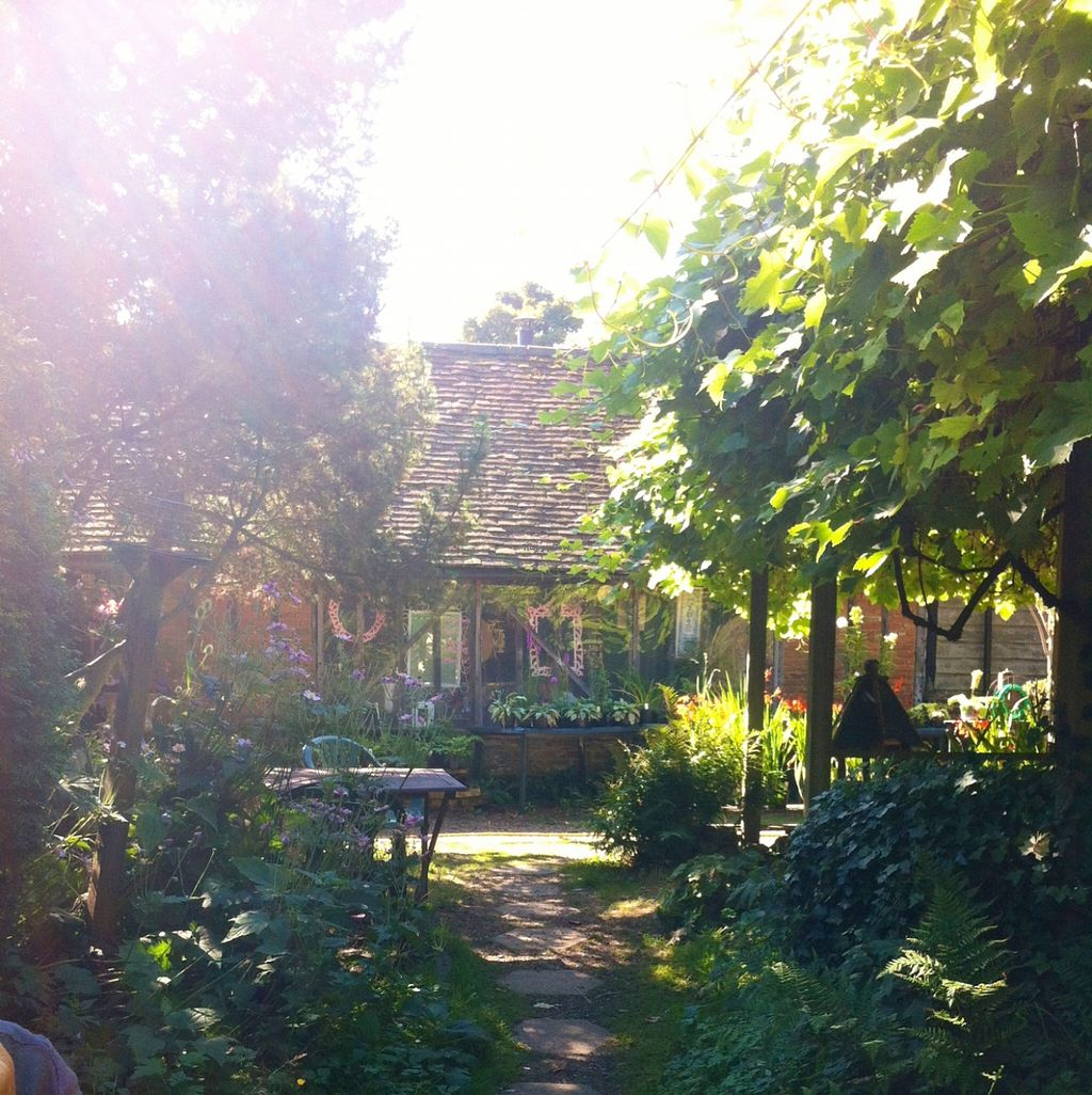 "Photo of Little Heath Tearoom  by <a href=""/members/profile/Buddha%20boy"">Buddha boy</a> <br/>Sitting in the sunshine <br/> December 2, 2015  - <a href='/contact/abuse/image/14097/126956'>Report</a>"