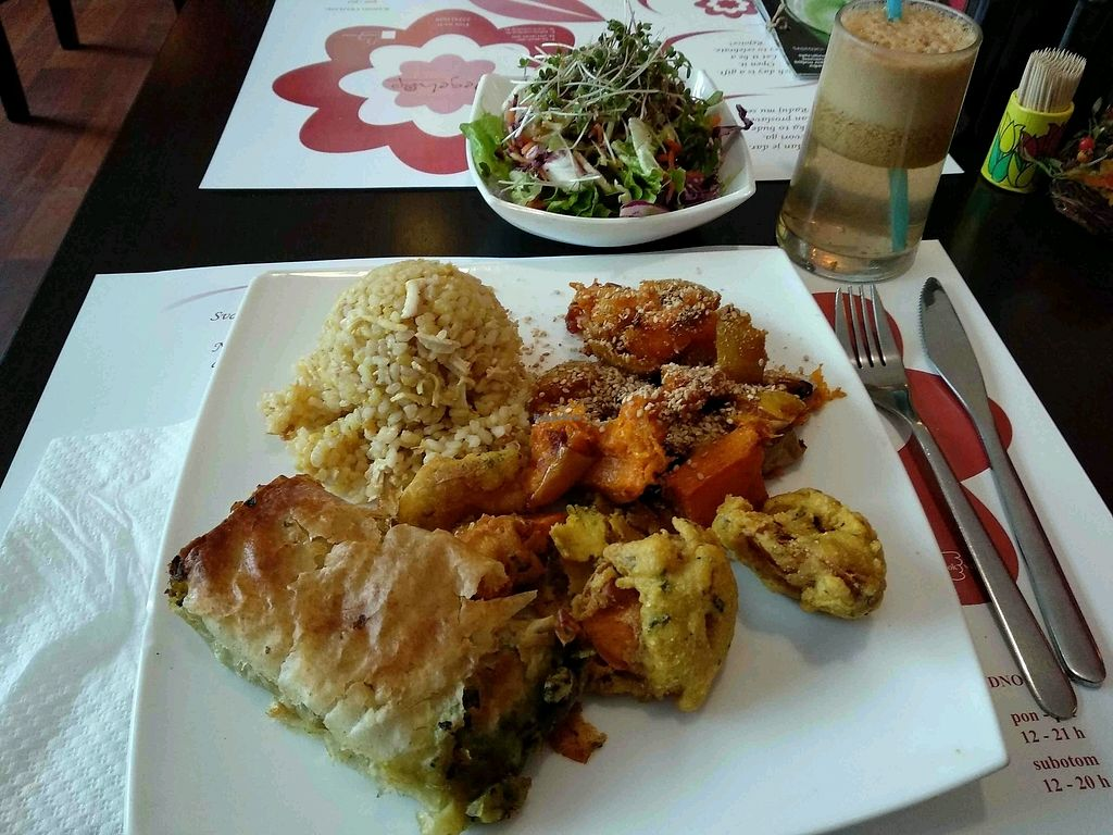 "Photo of Vegehop  by <a href=""/members/profile/maltman23"">maltman23</a> <br/>Menu of the day at Vegehop <br/> March 26, 2018  - <a href='/contact/abuse/image/14107/376469'>Report</a>"
