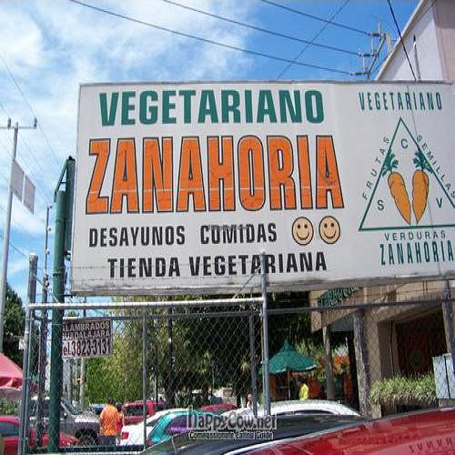 """Photo of Vegetariano Zanahoria  by <a href=""""/members/profile/Elba"""">Elba</a> <br/>The sign wasn't too close to the street so keep a look out for this sign! <br/> September 12, 2010  - <a href='/contact/abuse/image/1422/5816'>Report</a>"""