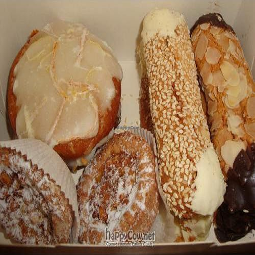 """Photo of CLOSED: Troitskiy Most - Liniya  by <a href=""""/members/profile/Sonja%20and%20Dirk"""">Sonja and Dirk</a> <br/>yummy desserts! <br/> July 30, 2011  - <a href='/contact/abuse/image/14257/9883'>Report</a>"""