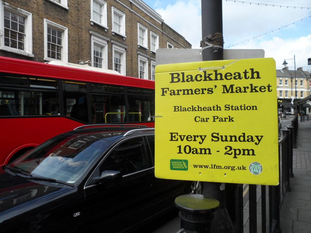 """Photo of Farmer's Market - Blackheath  by <a href=""""/members/profile/Clare"""">Clare</a> <br/>Market sign on road <br/> June 21, 2015  - <a href='/contact/abuse/image/14490/106719'>Report</a>"""
