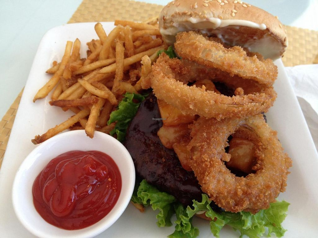 """Photo of Loving Hut  by <a href=""""/members/profile/Tigra220"""">Tigra220</a> <br/>Western burger: BBQ Gardein patty, lettuce, pineapples, onion rings, & vegan mayo on a sesame seed bun. Delicious! <br/> August 23, 2014  - <a href='/contact/abuse/image/1456/78074'>Report</a>"""