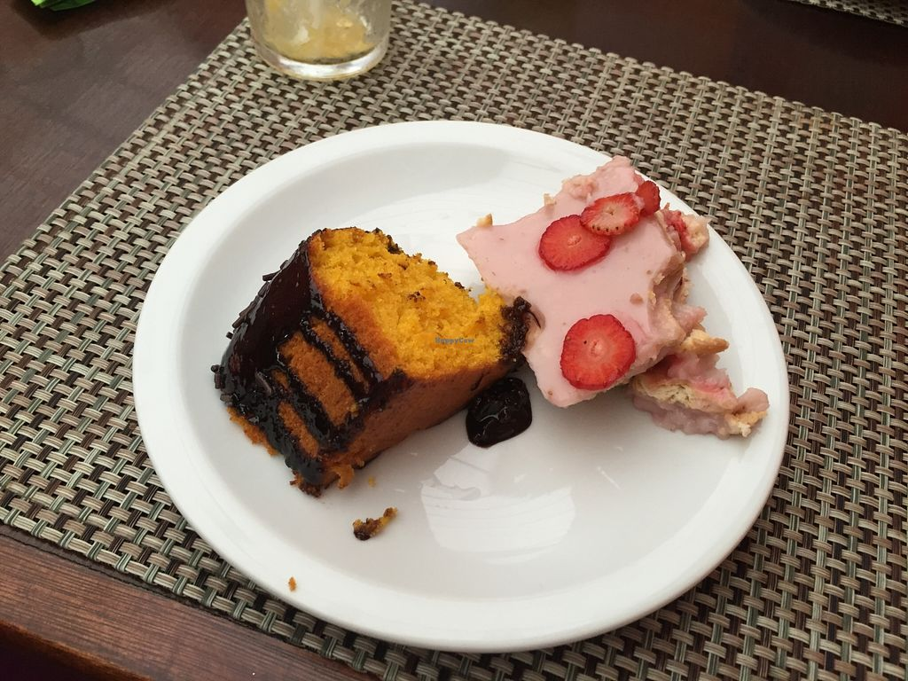 """Photo of Anna Prem - B6  by <a href=""""/members/profile/Paolla"""">Paolla</a> <br/>Some of the desserts' options <br/> September 7, 2015  - <a href='/contact/abuse/image/14705/116766'>Report</a>"""