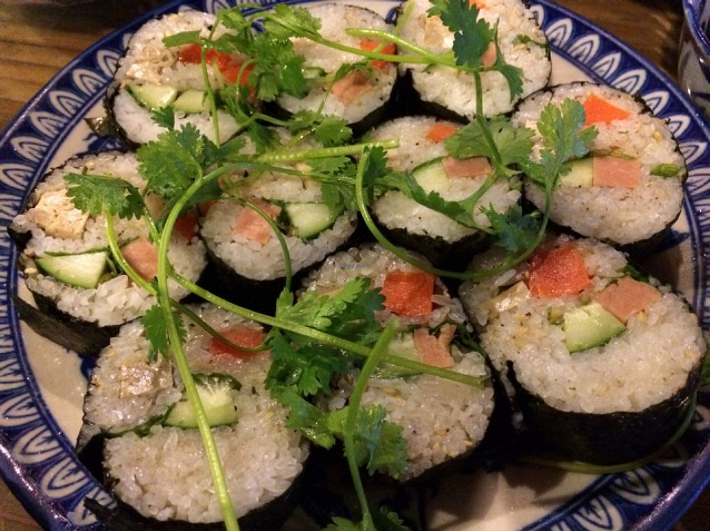 """Photo of Lien Hoa  by <a href=""""/members/profile/Siup"""">Siup</a> <br/>sushi  <br/> December 16, 2015  - <a href='/contact/abuse/image/14885/128726'>Report</a>"""