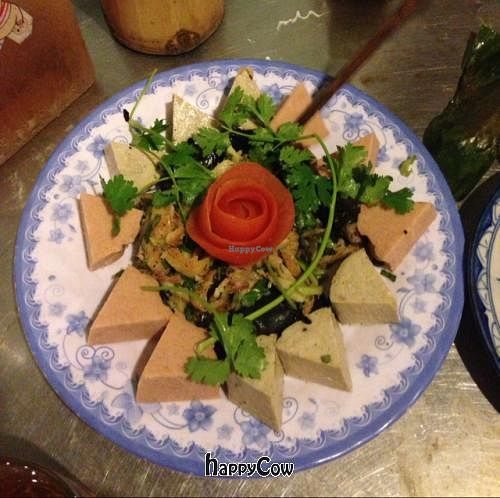 """Photo of Lien Hoa  by <a href=""""/members/profile/BradenPollock"""">BradenPollock</a> <br/>Appetizer of Eight Special Foods <br/> March 2, 2013  - <a href='/contact/abuse/image/14885/44942'>Report</a>"""