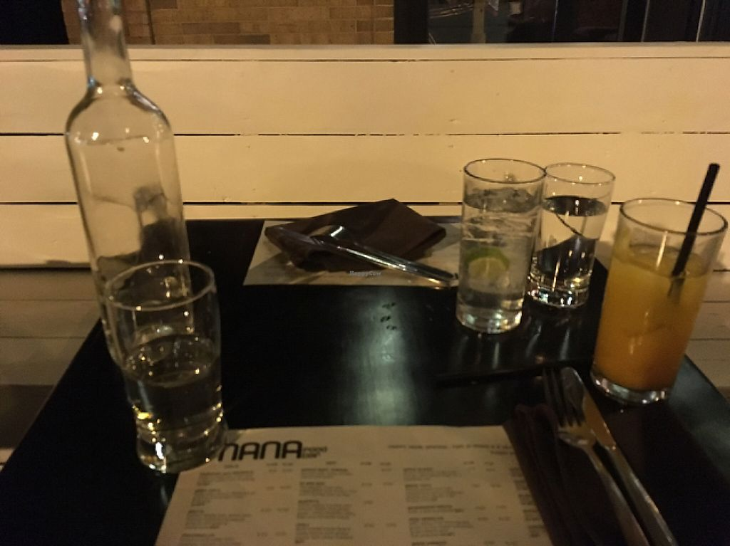 """Photo of Mana Food Bar  by <a href=""""/members/profile/monisonfire"""">monisonfire</a> <br/>drinks <br/> May 17, 2017  - <a href='/contact/abuse/image/14898/259420'>Report</a>"""