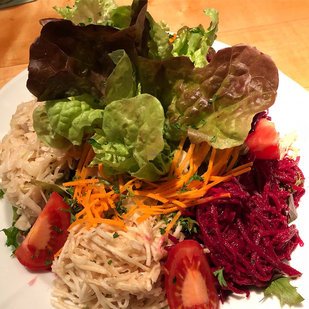 """Photo of Restaurant Hirscheneck  by <a href=""""/members/profile/vegandesi.res"""">vegandesi.res</a> <br/>mixed salad ? <br/> January 17, 2018  - <a href='/contact/abuse/image/14958/347485'>Report</a>"""