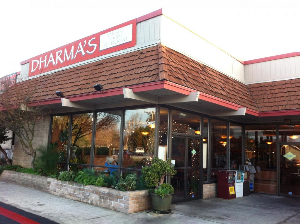 "Photo of Dharma's  by <a href=""/members/profile/H"">H</a> <br/>outside <br/> January 23, 2014  - <a href='/contact/abuse/image/1495/63050'>Report</a>"