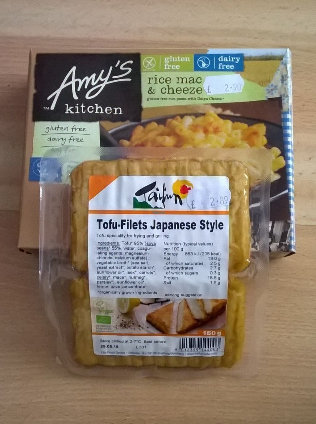 """Photo of Alternative Stores  by <a href=""""/members/profile/deadpledge"""">deadpledge</a> <br/>Vegan mac and cheese and tofu fillets <br/> August 15, 2016  - <a href='/contact/abuse/image/15169/168899'>Report</a>"""