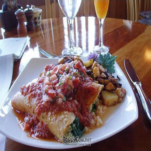 "Photo of Ravens' Restaurant  by <a href=""/members/profile/CLRtraveller"">CLRtraveller</a> <br/>Breakfast enchilada <br/> June 28, 2010  - <a href='/contact/abuse/image/1521/4947'>Report</a>"