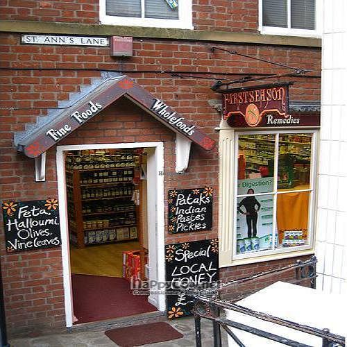 """Photo of Whitby Wholefoods  by <a href=""""/members/profile/hack_man"""">hack_man</a> <br/> September 2, 2008  - <a href='/contact/abuse/image/15238/1041'>Report</a>"""