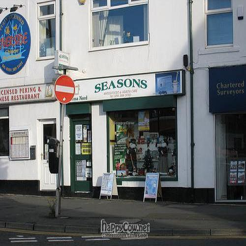 """Photo of Seasons Wholefoods  by <a href=""""/members/profile/hack_man"""">hack_man</a> <br/> September 2, 2008  - <a href='/contact/abuse/image/15240/1043'>Report</a>"""