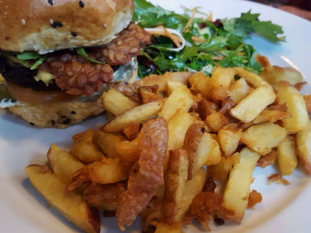"""Photo of Stereo  by <a href=""""/members/profile/sophiefp"""">sophiefp</a> <br/>burger with tempeh rashers  <br/> September 3, 2017  - <a href='/contact/abuse/image/15285/300513'>Report</a>"""