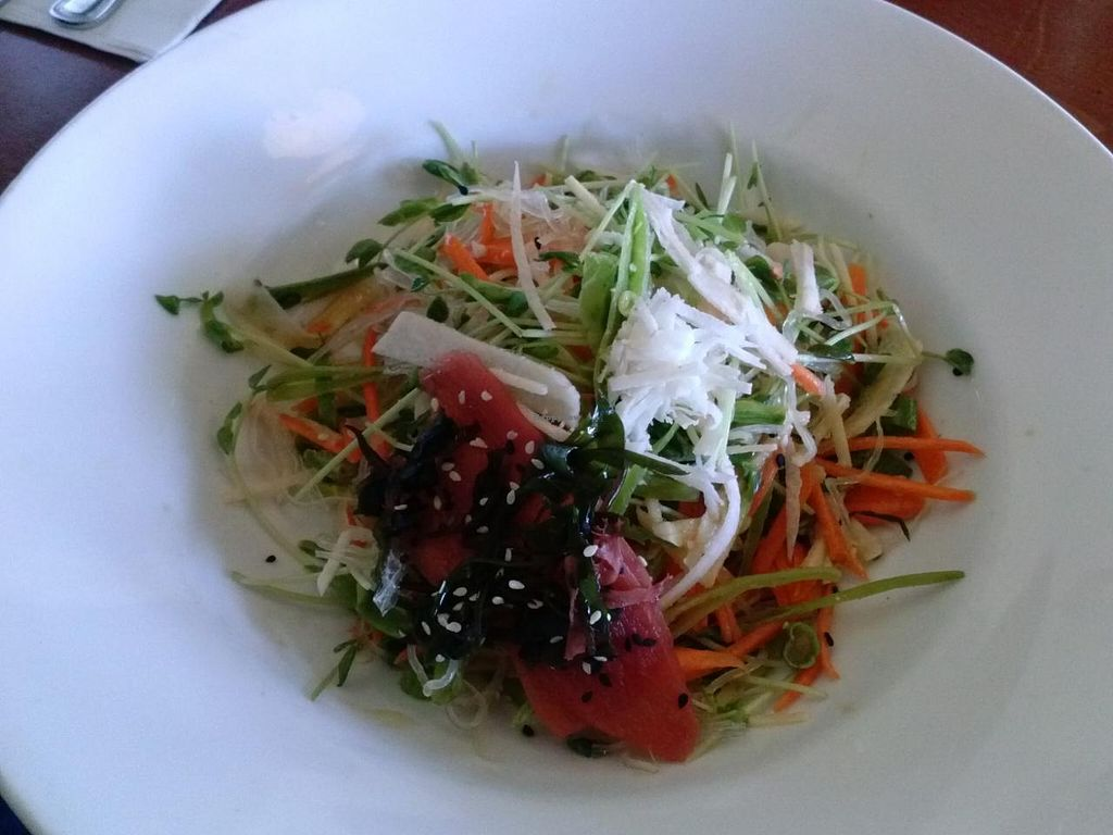 """Photo of Hugo's - West Hollywood  by <a href=""""/members/profile/Sonja%20and%20Dirk"""">Sonja and Dirk</a> <br/>kelp noodles <br/> June 15, 2015  - <a href='/contact/abuse/image/15331/106047'>Report</a>"""