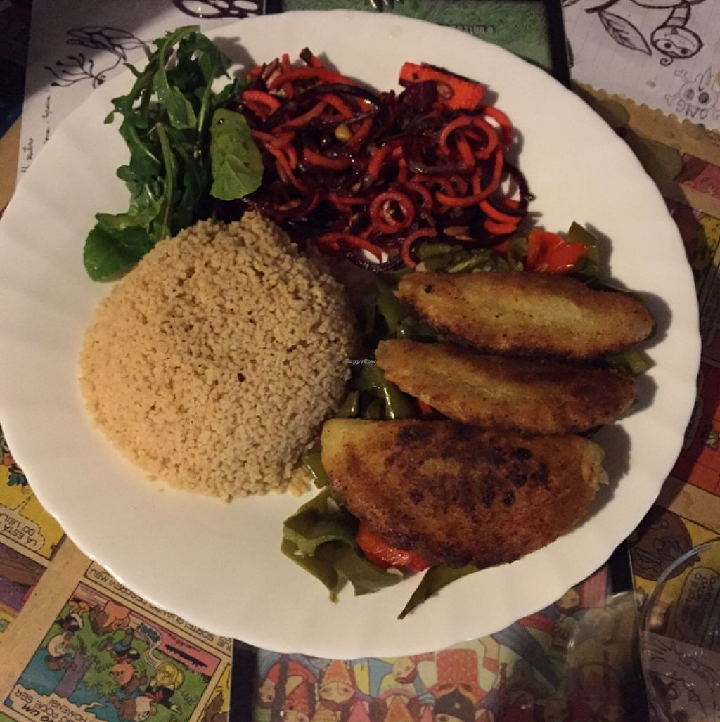 "Photo of Casa da Horta  by <a href=""/members/profile/dlachica"">dlachica</a> <br/>Vegan special. Vegetable pie with carrot/beet salad and couscous.  <br/> September 6, 2015  - <a href='/contact/abuse/image/15404/116584'>Report</a>"