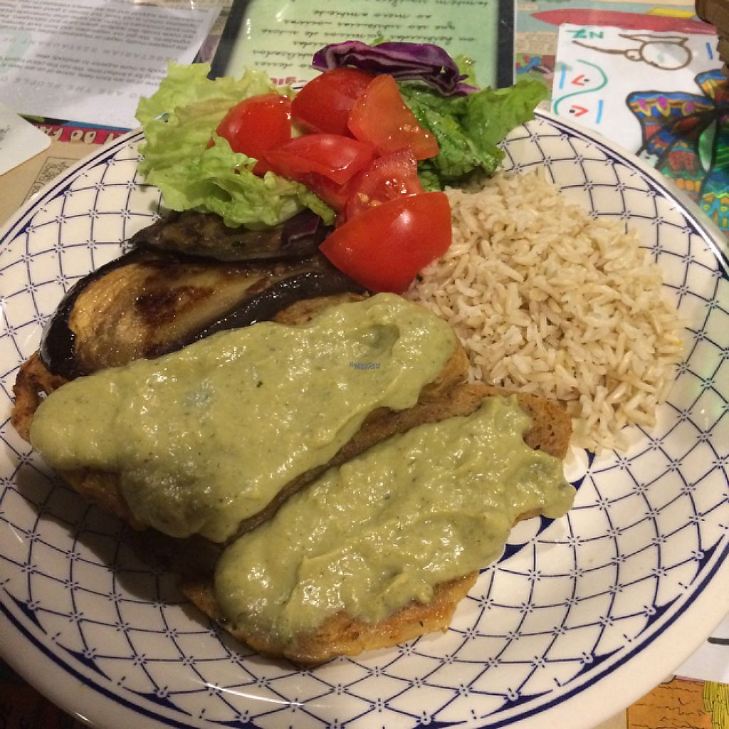 "Photo of Casa da Horta  by <a href=""/members/profile/NatachaN%C3%B3brega"">NatachaNóbrega</a> <br/>seitan frito con arroz y ensalada, con crema de brócoli <br/> December 14, 2016  - <a href='/contact/abuse/image/15404/201033'>Report</a>"