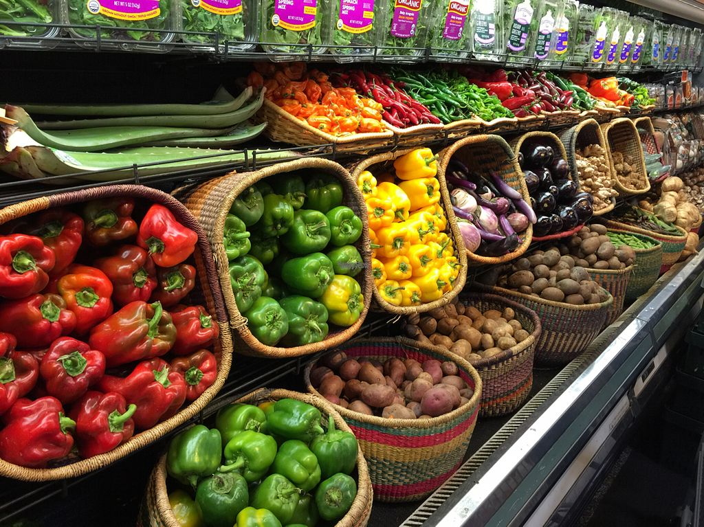 """Photo of Sacramento Natural Foods Co-op  by <a href=""""/members/profile/sncpapa"""">sncpapa</a> <br/>lots of fresh colorful veggies! <br/> October 4, 2016  - <a href='/contact/abuse/image/1544/179603'>Report</a>"""