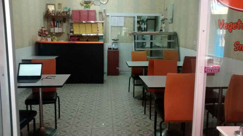 Photo of Delhi Sweets  by zungi <br/>dining area <br/> December 17, 2014  - <a href='/contact/abuse/image/15463/88144'>Report</a>