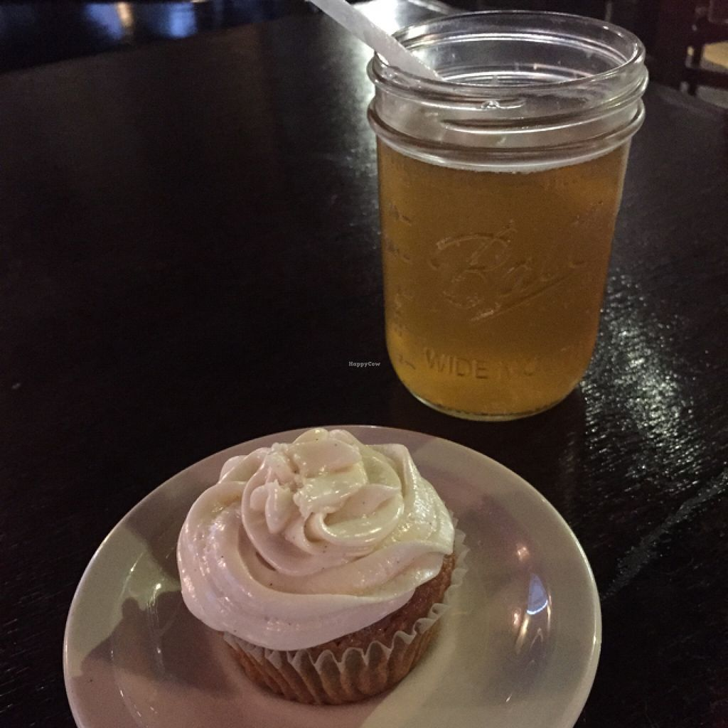 """Photo of Drunken Monkey Coffee Bar  by <a href=""""/members/profile/happycowgirl"""">happycowgirl</a> <br/>vegan carrot cupcake & homemade kombucha <br/> September 4, 2015  - <a href='/contact/abuse/image/15477/116420'>Report</a>"""