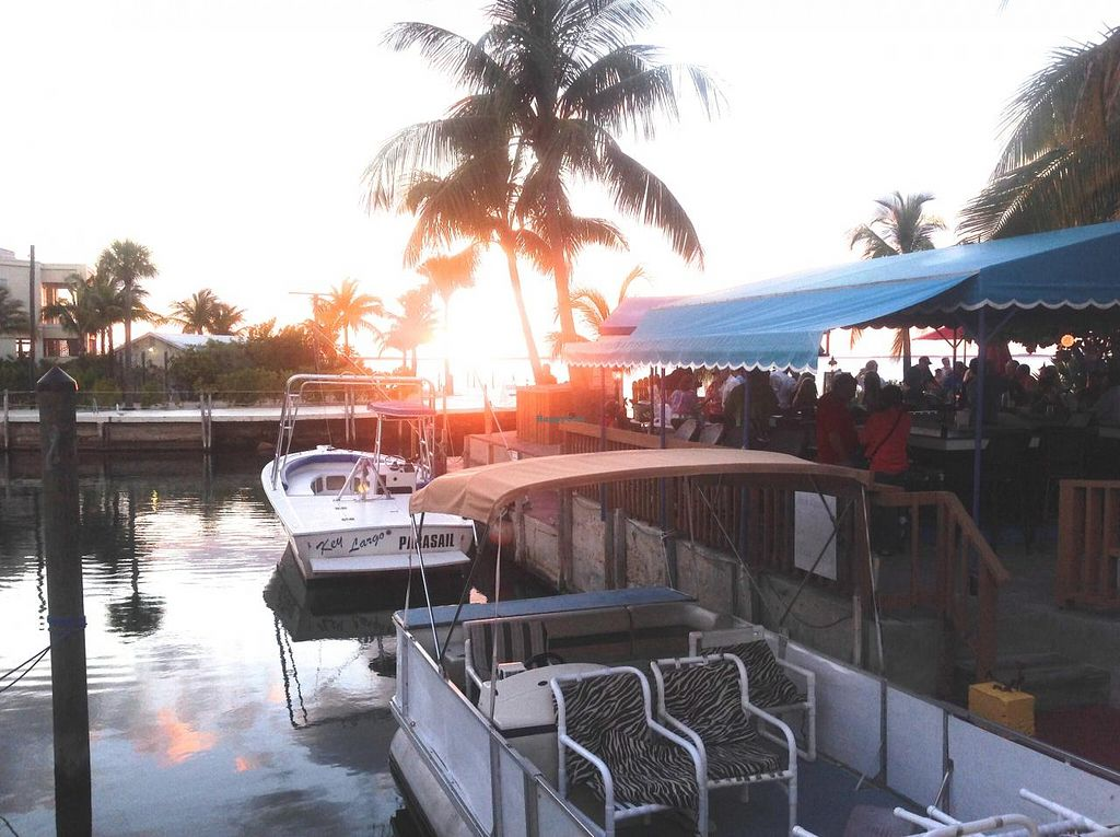Photo of Sundowners  by Ulf <br/>The bar at Sundowers on the bay <br/> April 3, 2014  - <a href='/contact/abuse/image/15493/67020'>Report</a>