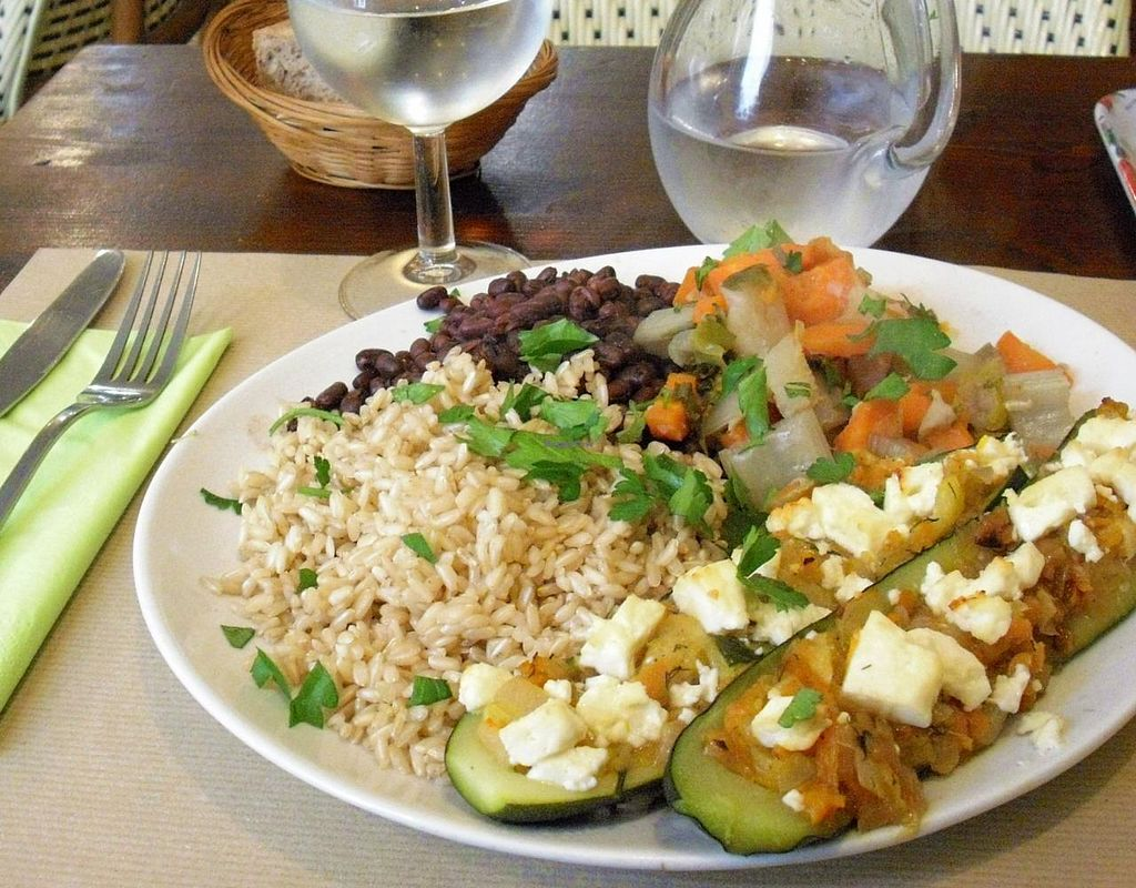 """Photo of Le Puits de Legumes  by <a href=""""/members/profile/Soleil26"""">Soleil26</a> <br/>Veggies, rice and beans <br/> March 9, 2015  - <a href='/contact/abuse/image/15504/95329'>Report</a>"""