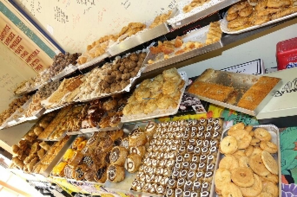 "Photo of Rose's Bakery  by <a href=""/members/profile/Heistrouble"">Heistrouble</a> <br/>yummy treats <br/> June 20, 2016  - <a href='/contact/abuse/image/15562/155143'>Report</a>"