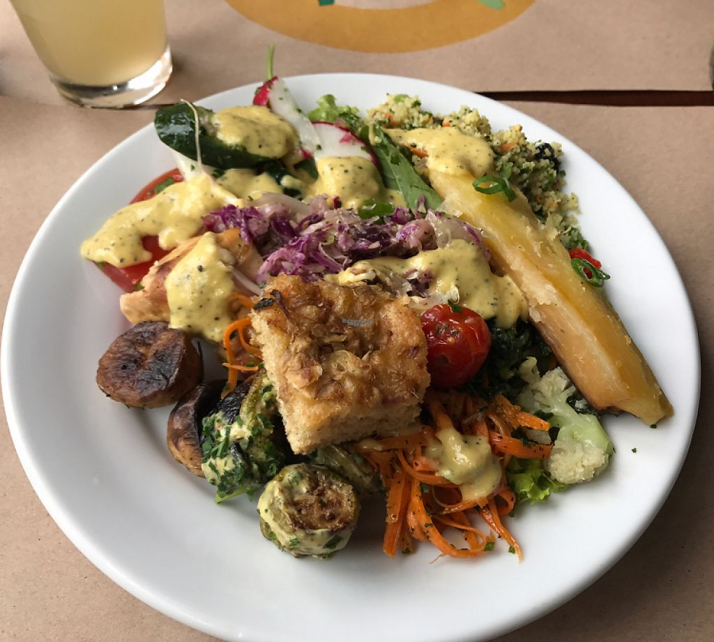 """Photo of Banana Verde  by <a href=""""/members/profile/Paolla"""">Paolla</a> <br/>Salad <br/> April 22, 2017  - <a href='/contact/abuse/image/15583/251171'>Report</a>"""