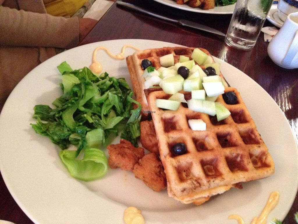"Photo of Mi Lah Vegetarian  by <a href=""/members/profile/voivoed"">voivoed</a> <br/>Yards beer battered seitan with Belgian waffles and mustard greens <br/> May 10, 2015  - <a href='/contact/abuse/image/15644/101812'>Report</a>"