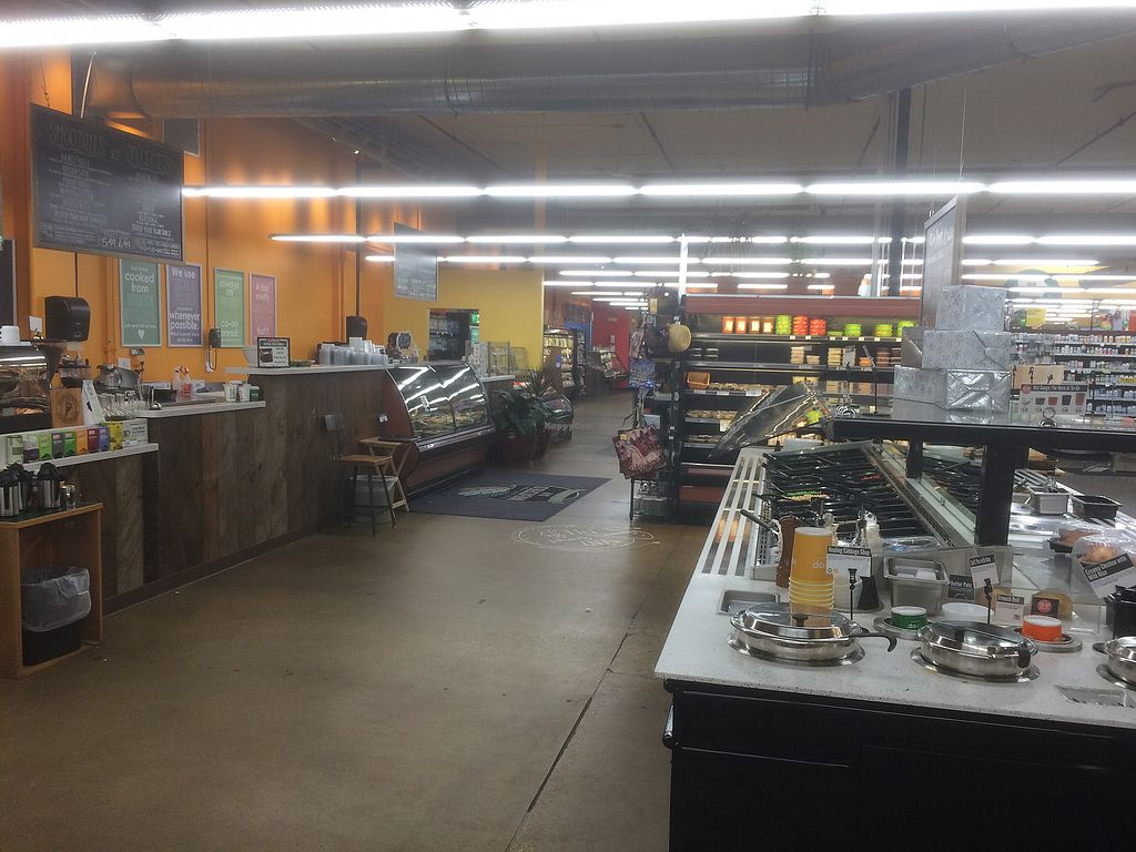 "Photo of Wheatsfield Co-op  by <a href=""/members/profile/jocoffee"">jocoffee</a> <br/>Salad bar, hot bar, deli, and cafe <br/> November 26, 2017  - <a href='/contact/abuse/image/15791/329447'>Report</a>"