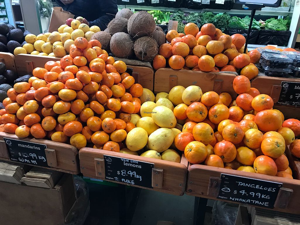 "Photo of Commonsense Organics - Kilbirnie  by <a href=""/members/profile/Paolla"">Paolla</a> <br/>Fruits <br/> November 19, 2017  - <a href='/contact/abuse/image/15866/327215'>Report</a>"