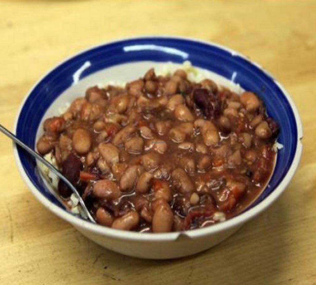 """Photo of Oh Happy Days Vegan Cafe  by <a href=""""/members/profile/quarrygirl"""">quarrygirl</a> <br/>Chili seasoned pinto beans served over brown rice <br/> January 17, 2012  - <a href='/contact/abuse/image/1601/187781'>Report</a>"""