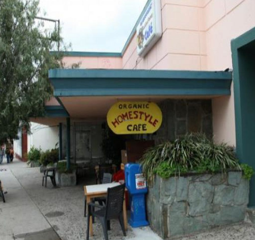 """Photo of Oh Happy Days Vegan Cafe  by <a href=""""/members/profile/quarrygirl"""">quarrygirl</a> <br/>exterior <br/> January 17, 2012  - <a href='/contact/abuse/image/1601/187782'>Report</a>"""
