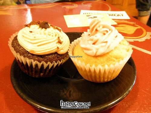 """Photo of Firestorm Books & Coffee  by <a href=""""/members/profile/BadassJB"""">BadassJB</a> <br/>cupcakes <br/> June 7, 2012  - <a href='/contact/abuse/image/16041/32930'>Report</a>"""