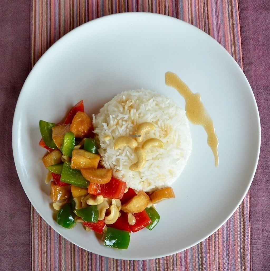 "Photo of Baan Unrak  by <a href=""/members/profile/Giid"">Giid</a> <br/>Tofu, cashew stir fry <br/> December 11, 2016  - <a href='/contact/abuse/image/16250/199264'>Report</a>"