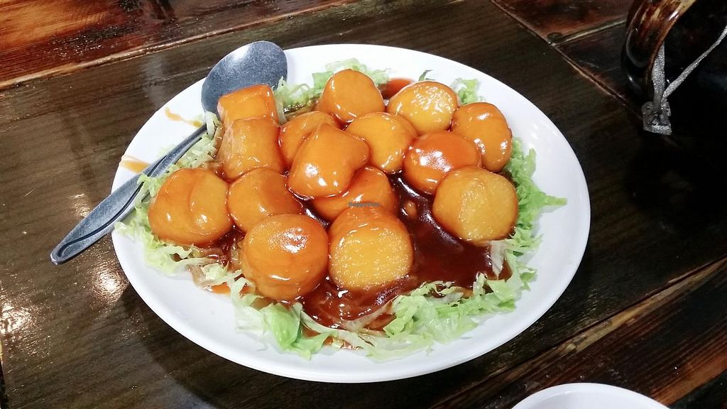 """Photo of CLOSED: Feng Cheng Xuan  by <a href=""""/members/profile/jungsiah"""">jungsiah</a> <br/>Tofu in sweet and sour sauce <br/> May 29, 2015  - <a href='/contact/abuse/image/16368/104021'>Report</a>"""