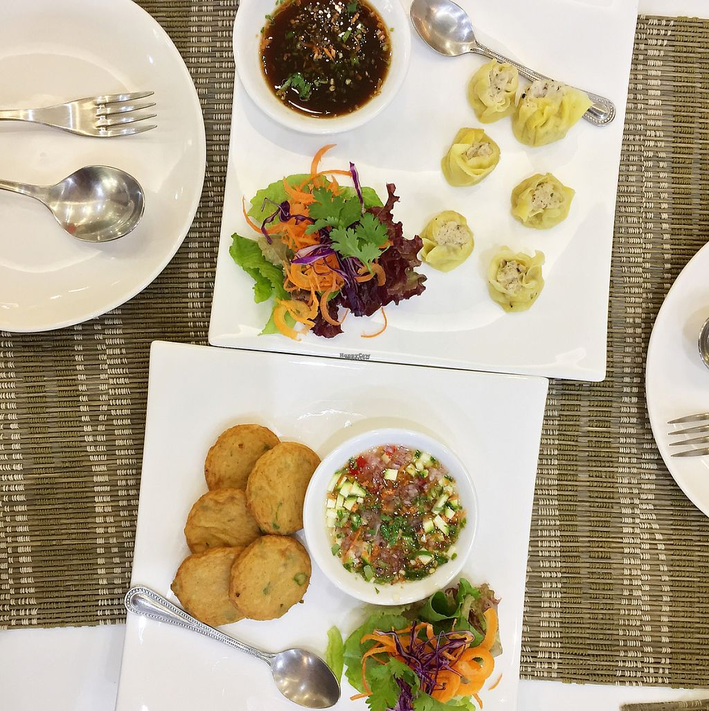 """Photo of CLOSED: Ariya's Organic Place  by <a href=""""/members/profile/MyVeganJoy"""">MyVeganJoy</a> <br/>dim sam and crab cakes, vegan <br/> December 16, 2016  - <a href='/contact/abuse/image/16517/201546'>Report</a>"""