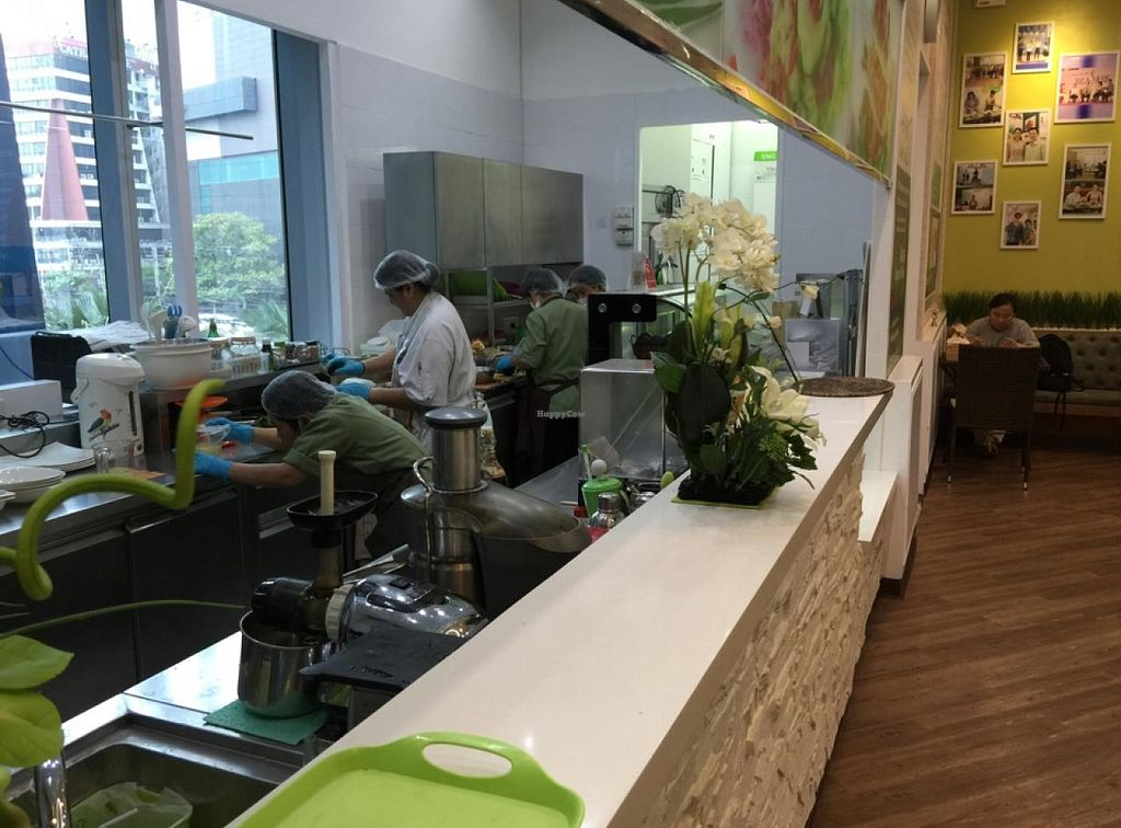 """Photo of CLOSED: Ariya's Organic Place  by <a href=""""/members/profile/YahelSherman"""">YahelSherman</a> <br/>open kitchen  <br/> March 22, 2015  - <a href='/contact/abuse/image/16517/96597'>Report</a>"""