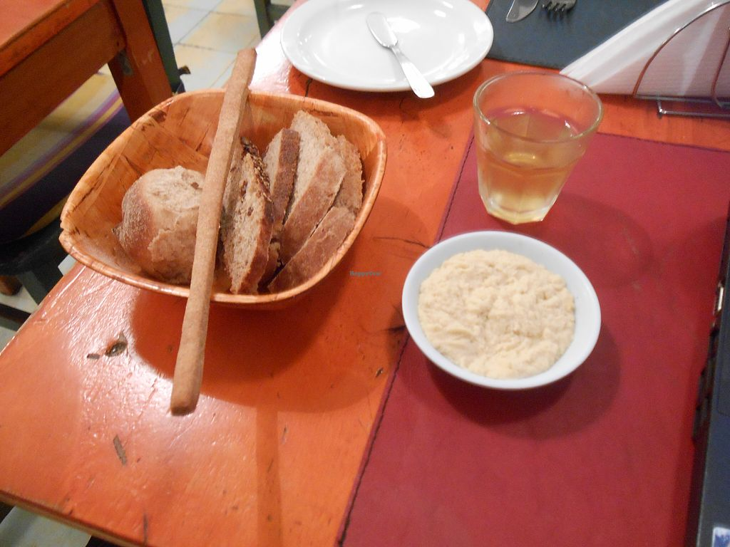 """Photo of CLOSED: Buenos Aires Verde - Gorriti  by <a href=""""/members/profile/citizenInsane"""">citizenInsane</a> <br/>appetizer, hummus, bread <br/> August 12, 2015  - <a href='/contact/abuse/image/16747/113275'>Report</a>"""