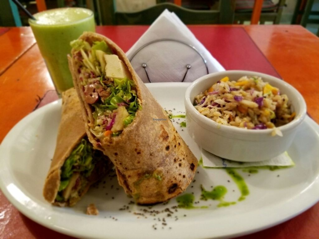 """Photo of CLOSED: Buenos Aires Verde - Gorriti  by <a href=""""/members/profile/kenvegan"""">kenvegan</a> <br/>Quinoa and vegetable sandwich <br/> April 26, 2016  - <a href='/contact/abuse/image/16747/146316'>Report</a>"""