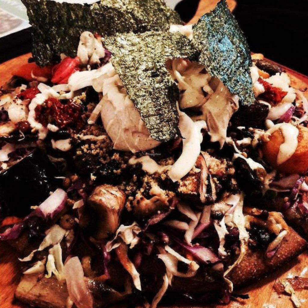 """Photo of CLOSED: Buenos Aires Verde - Gorriti  by <a href=""""/members/profile/TLC%20Veg."""">TLC Veg.</a> <br/>vegan pizza with cashew cheese!! <br/> May 29, 2014  - <a href='/contact/abuse/image/16747/284000'>Report</a>"""