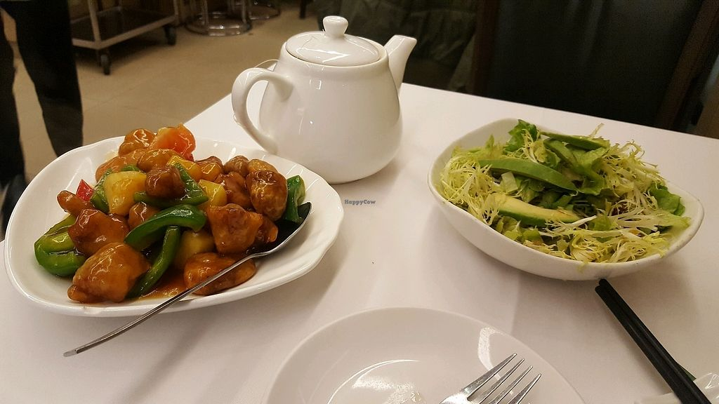 """Photo of M Garden Vegetarian  by <a href=""""/members/profile/dasrel"""">dasrel</a> <br/>sweet and sour mock chicken and fresh salad with avocado <br/> January 8, 2018  - <a href='/contact/abuse/image/16828/344364'>Report</a>"""