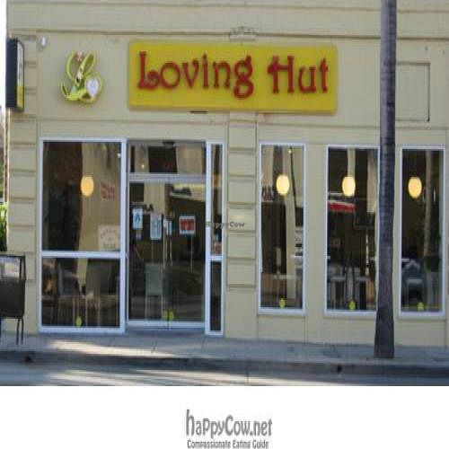 Photo of CLOSED: Loving Hut - Alhambra  by vegparadise <br/>Outside LH <br/> May 10, 2009  - <a href='/contact/abuse/image/16831/1898'>Report</a>