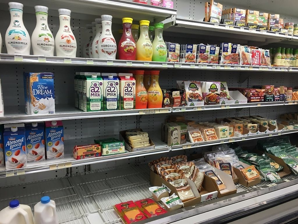 """Photo of La Sierra Natural Foods  by <a href=""""/members/profile/AnahiVillafuerte"""">AnahiVillafuerte</a> <br/>La Sierra Natural Foods  <br/> March 26, 2017  - <a href='/contact/abuse/image/16869/241610'>Report</a>"""