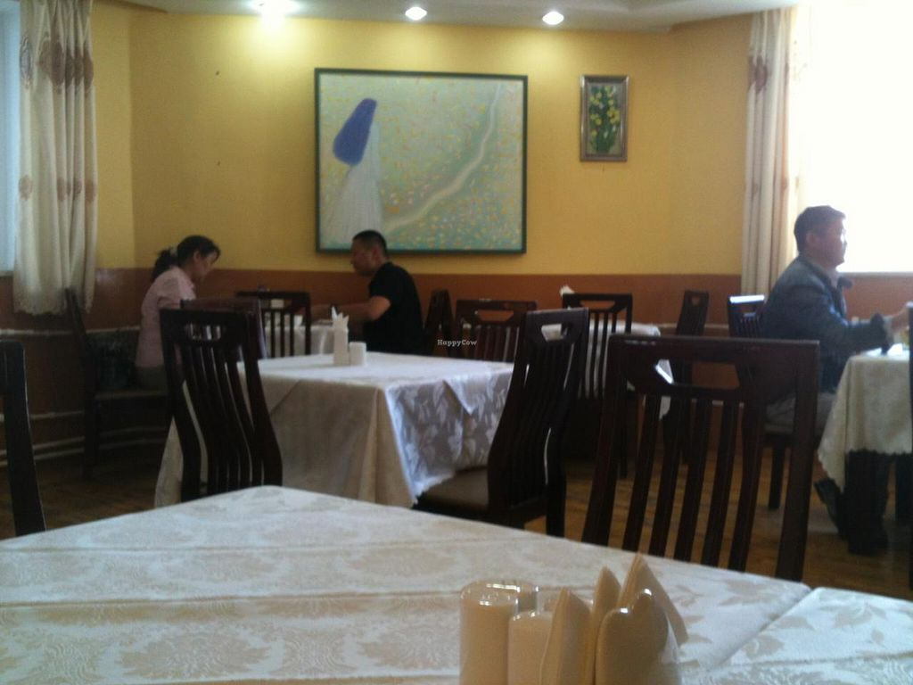 """Photo of Luna Blanca  by <a href=""""/members/profile/heloisepe"""">heloisepe</a> <br/>Inside the restaurant, simple and classy decoration <br/> June 22, 2015  - <a href='/contact/abuse/image/17018/106971'>Report</a>"""