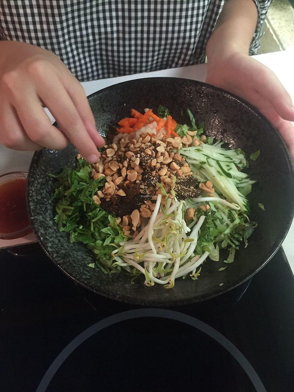 """Photo of Loving Hut - Guangfu South Rd  by <a href=""""/members/profile/FlokiTheCat"""">FlokiTheCat</a> <br/>Rice noodles salad <br/> July 29, 2017  - <a href='/contact/abuse/image/17062/286112'>Report</a>"""