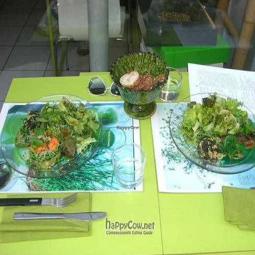 """Photo of CLOSED: Pousse-Pousse  by <a href=""""/members/profile/CBraunmuller"""">CBraunmuller</a> <br/>POUSSE POUSSE - raw vegan meal on the left, vegan meal on the right <br/> July 5, 2010  - <a href='/contact/abuse/image/17084/5038'>Report</a>"""