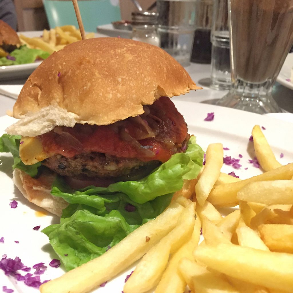 """Photo of Royale Eatery  by <a href=""""/members/profile/tohappyvegans"""">tohappyvegans</a> <br/> Vegan cheese burger  <br/> February 13, 2017  - <a href='/contact/abuse/image/17092/226182'>Report</a>"""