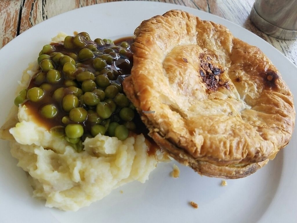 """Photo of Funky Pies  by <a href=""""/members/profile/EverydayTastiness"""">EverydayTastiness</a> <br/>sweet potato pie with peas and mash <br/> December 30, 2016  - <a href='/contact/abuse/image/17244/206299'>Report</a>"""