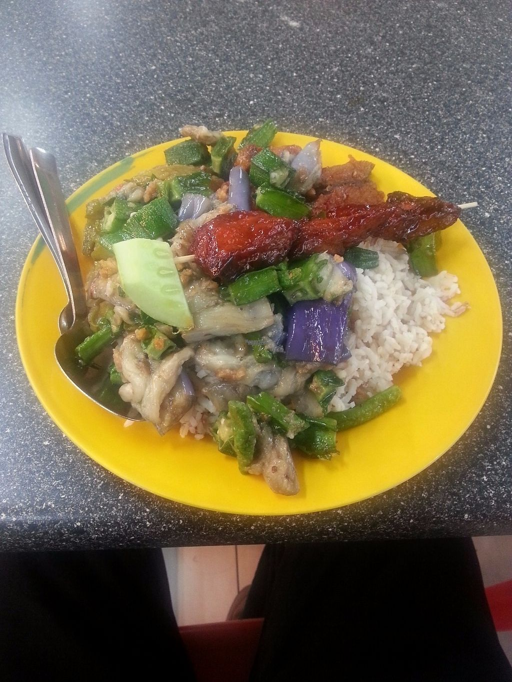 """Photo of Le Tian Vegetarian Stall  by <a href=""""/members/profile/Satrai"""">Satrai</a> <br/>Le Tian <br/> September 1, 2016  - <a href='/contact/abuse/image/17293/172918'>Report</a>"""